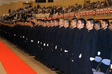 難関を突破し、栄えある入校式に臨む54期生 防衛大学校(神奈川県横須賀市)の本科第54期学生、理